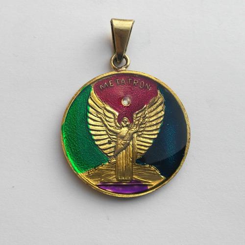 medalla arcángel metatrón detallada forjada y pintada a mano