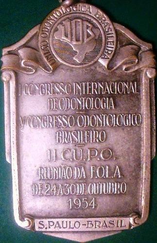 medalla congreso odontologico en san pablo año 1954