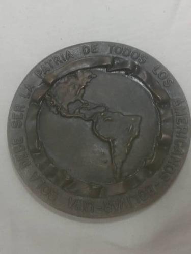 medalla conmemorativa traslado  estatua del libertador 1951
