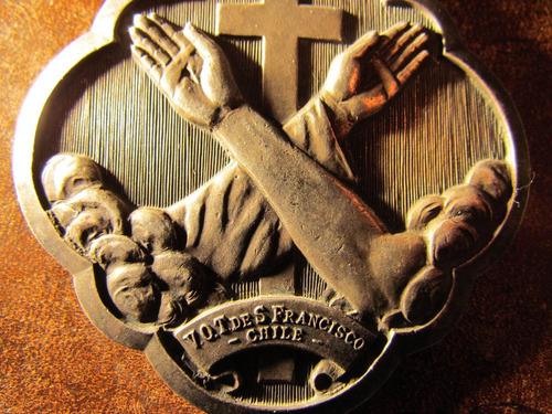 medalla curas franciscanos votos san francisco chile 8 cms