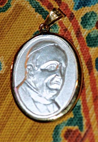 medalla de frabncisco i - plata 925 - hermosa - visita