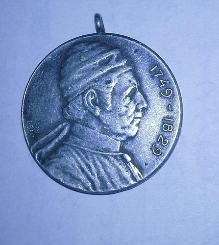 medalla del dean funes de 1911