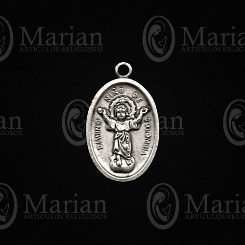 medalla del divino niño metal paquete de 12pz  a solo $25.00