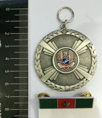 medalla fuerza aérea de colombia
