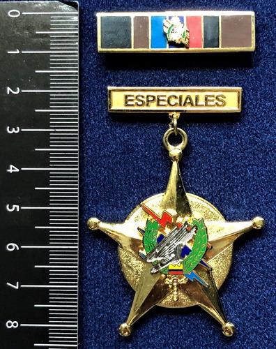 medalla militar servicios distinguidos fuerzas especiales