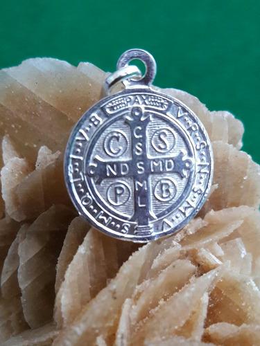 medalla patrono san benito plata 9.25 hombre o mujer