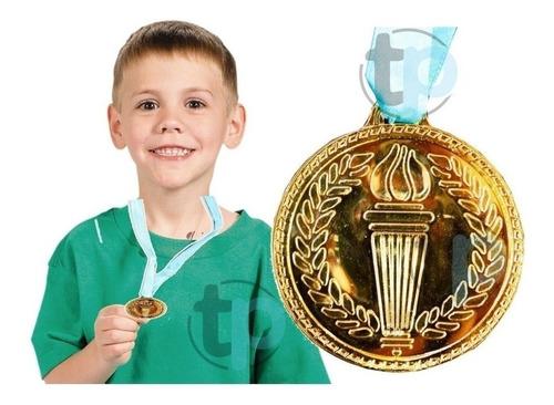 medalla plástico imitación oro fútbol basketball cumpleaños