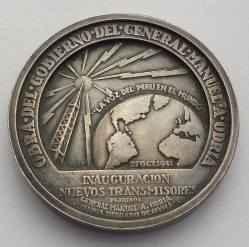 medalla plata 1951 radio nacional presidente manuel odria