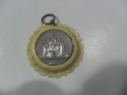 medalla religiosa ave maria virgen medallita celuloide metal