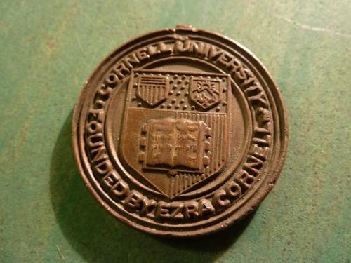 medalla universidad de cornell - vp