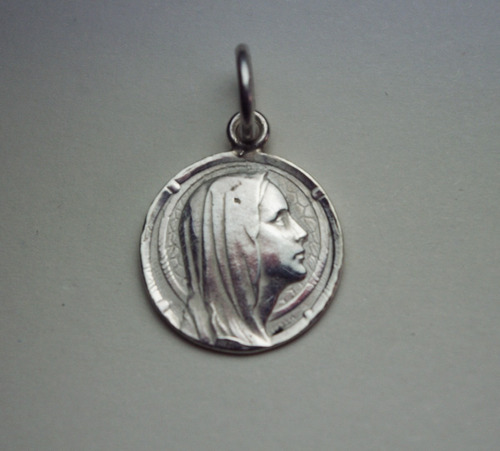 medalla virgen en plata 950