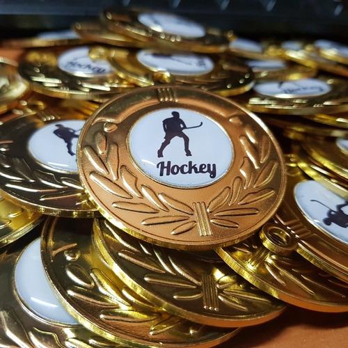 medallas 5cm con logo personalizado y cinta tricolor