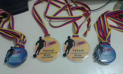 medallas, acrilicas y metalicas