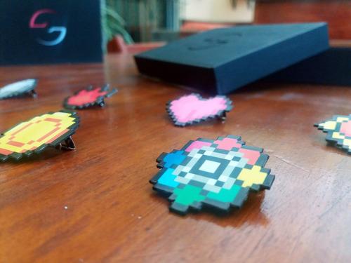 medallas pokemon en caja de colección 8bit
