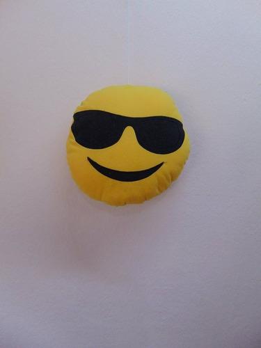 mediano peluche cara emojis