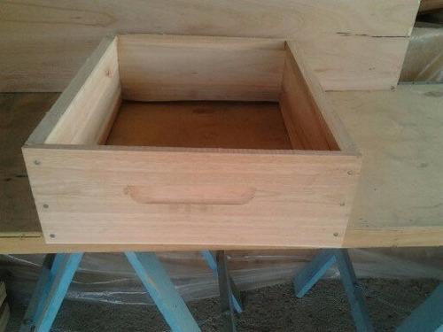medias alzas para colmenas de abejas. (apicultura)
