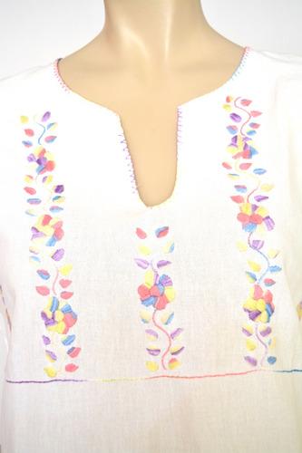 mediocache: blusa tipica blanca