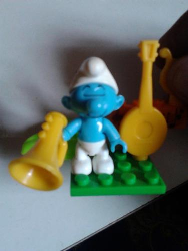mega bloks pitufo armonia con 3 instrumentos  usado