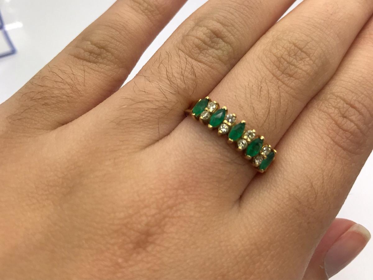 1a0ab86c4c7e2 meia aliança ouro 18k 5 esmeralda 8 brilhante anel aparador. Carregando  zoom.