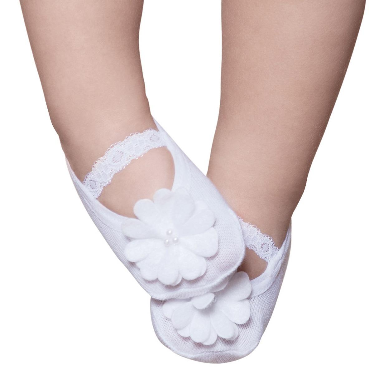 7a86281735 meia sapatilha para bebe renda e flor branca - puket. Carregando zoom.