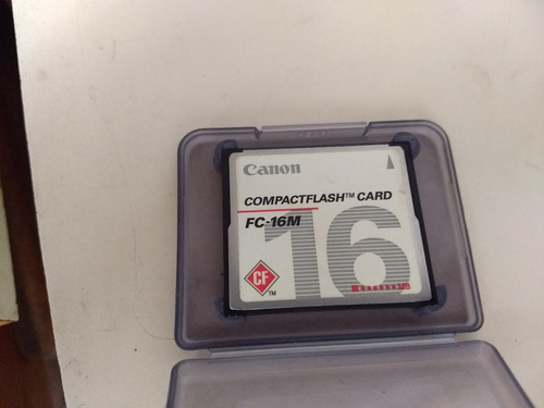 memoria compact flash de 16mb canon con su estuche