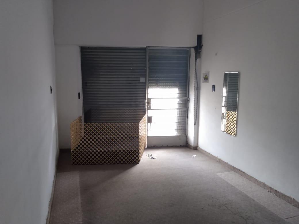 mendoza 5386-venta casa con 2 locales-barrio azcuenaga