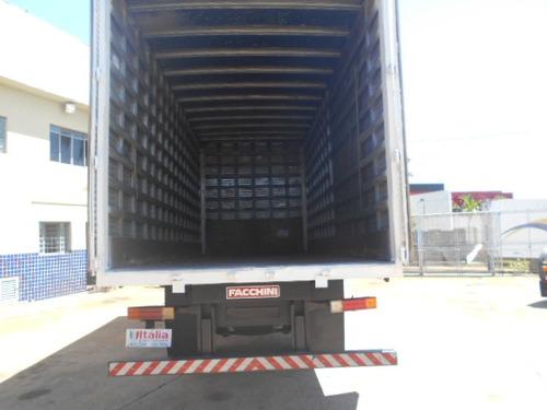 mercedes 1318 2010 baú único dono itália caminhões