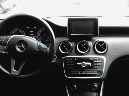 mercedes a180 2014 automatico gps camara de reversa clima