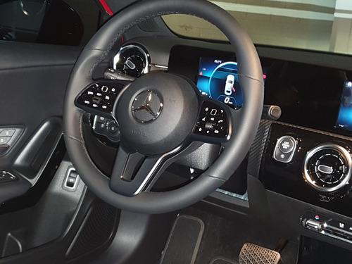 mercedes a200 sedan lançamento mundial zero km linda