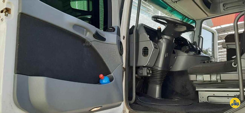 mercedes actros 2546 6x2 2013 automático