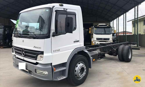 mercedes atego 1418 2007 no chassis 7 metros