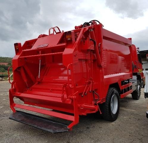 mercedes atego 1518 4x2 ano 2008/2008 compactador de lixo