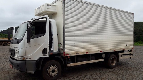 mercedes-bens 1016 4x2 ano 2015/2016 frigorífico gancheiro !