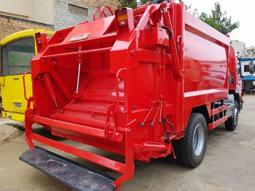 mercedes-bens 1518 4x2 ano 2008 compactador de lixo