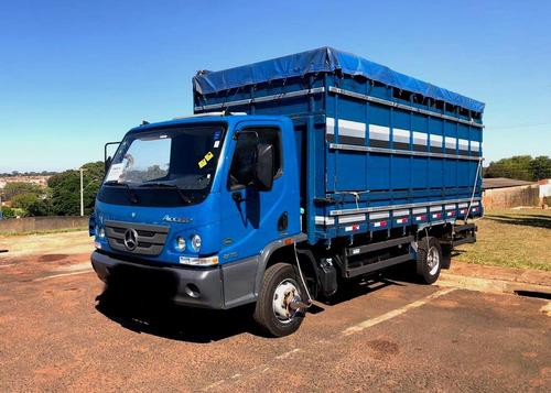 mercedes bens accelo 815 - ano 2012 - com 53.000 km azul