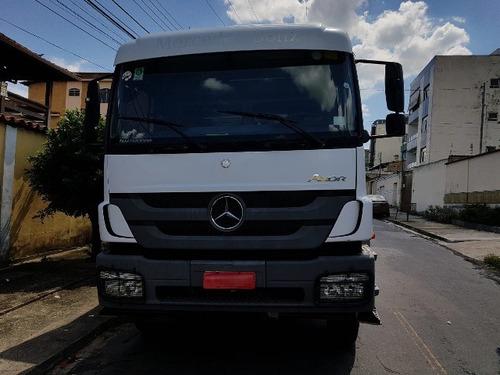 mercedes-bens axor 3131 6x4 ano 2013/2013 semi automático