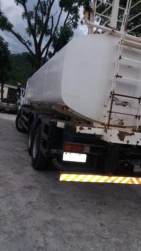 mercedes-bens axor 3131 6x4 ano 2014 tanque pipa 20.000 l