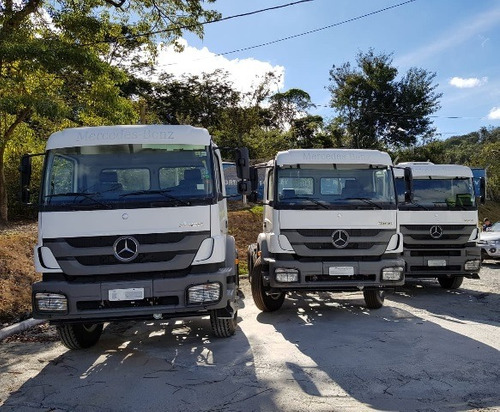 mercedes-bens axor 3131 6x4 (chassi) ano 2014/2014 com ar