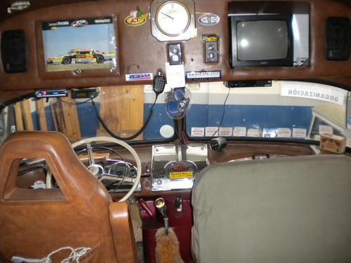 mercedes benz 1112 diesel para 8 personas  excelente