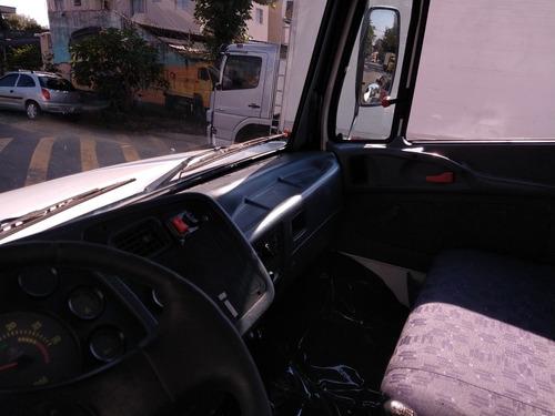 mercedes-benz 1318 2012