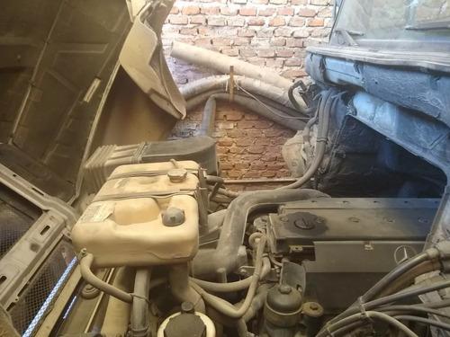 mercedes benz 1624 2011 con cabina dormitorio
