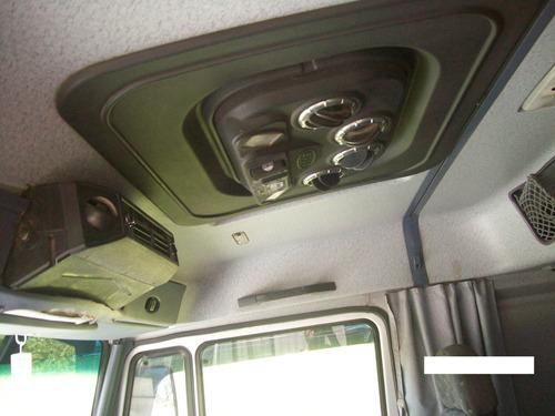 mercedes benz 1624 tractor modelo 2011