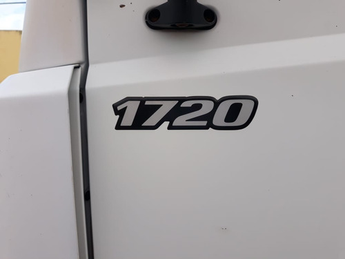 mercedes-benz 1720 caminhão