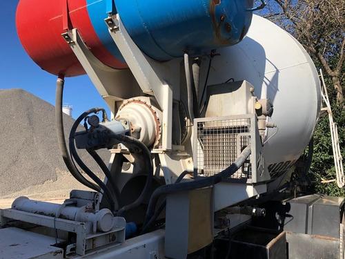 mercedes benz 1725 mixer hormigonero 5 m3