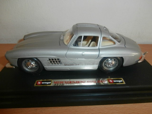 mercedes-benz 300 sl 1954 burago escala: 1:24
