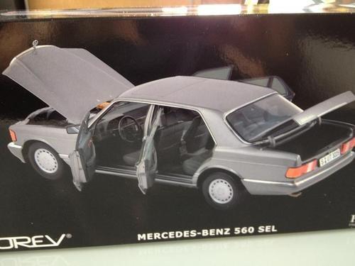 mercedes benz 560 sel w126  1:18 norev não ixo minichamps