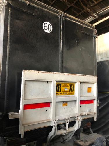 mercedes benz 608 con pala de 500kg
