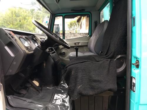 mercedes-benz 710 2002 carroceria