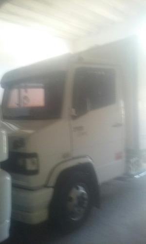 mercedes benz 710 2012