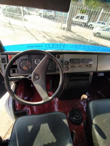 mercedes benz 710 año 1997 con furgón térmico
